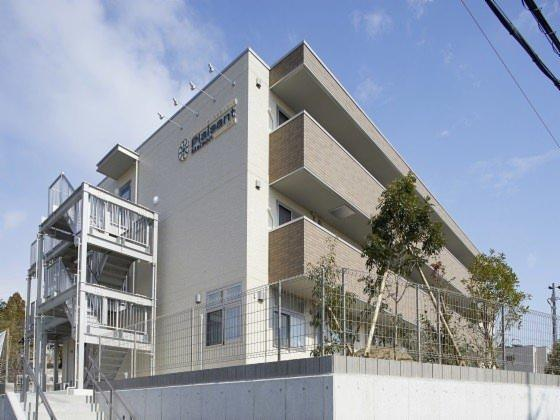 プレザンメゾン 宝塚山本(有料老人ホーム)の画像・写真